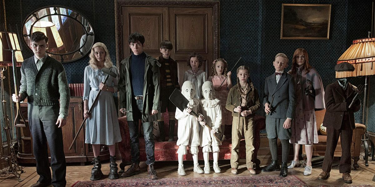 The Children line up in Miss Peregrine;s Home for Peculiar Children