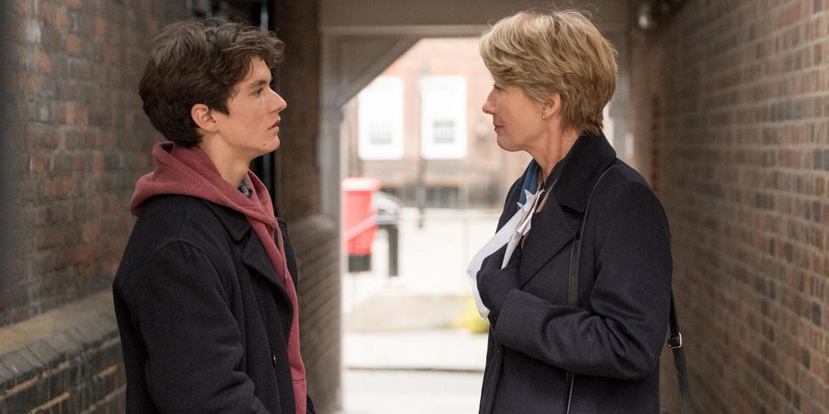 Emma Thompson and Fionn Whitehead in The Children Act.