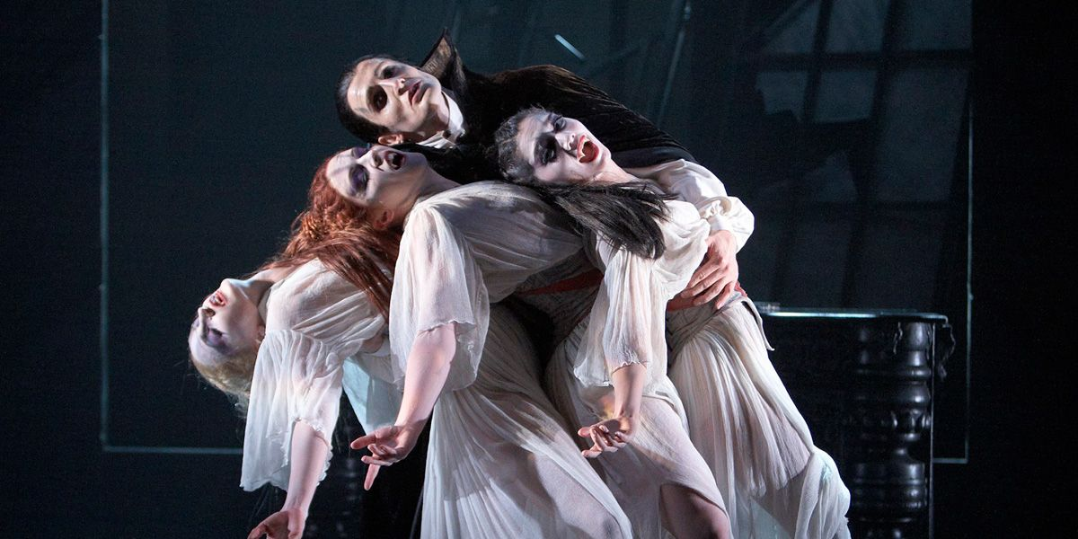 A still from Northern Ballet Dracula
