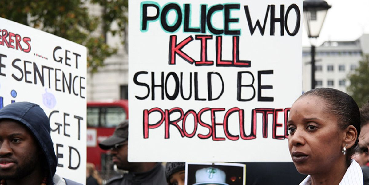 Picket highlighting the issue of deaths in police custody