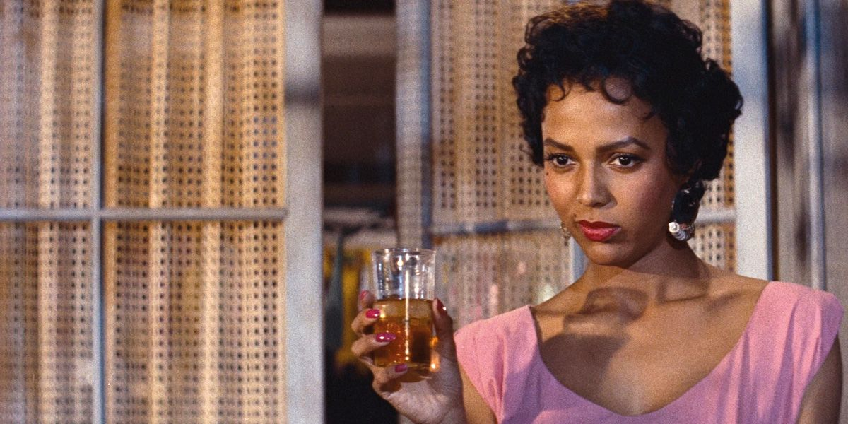 Dorothy Dandridge stars in Carmen Jones