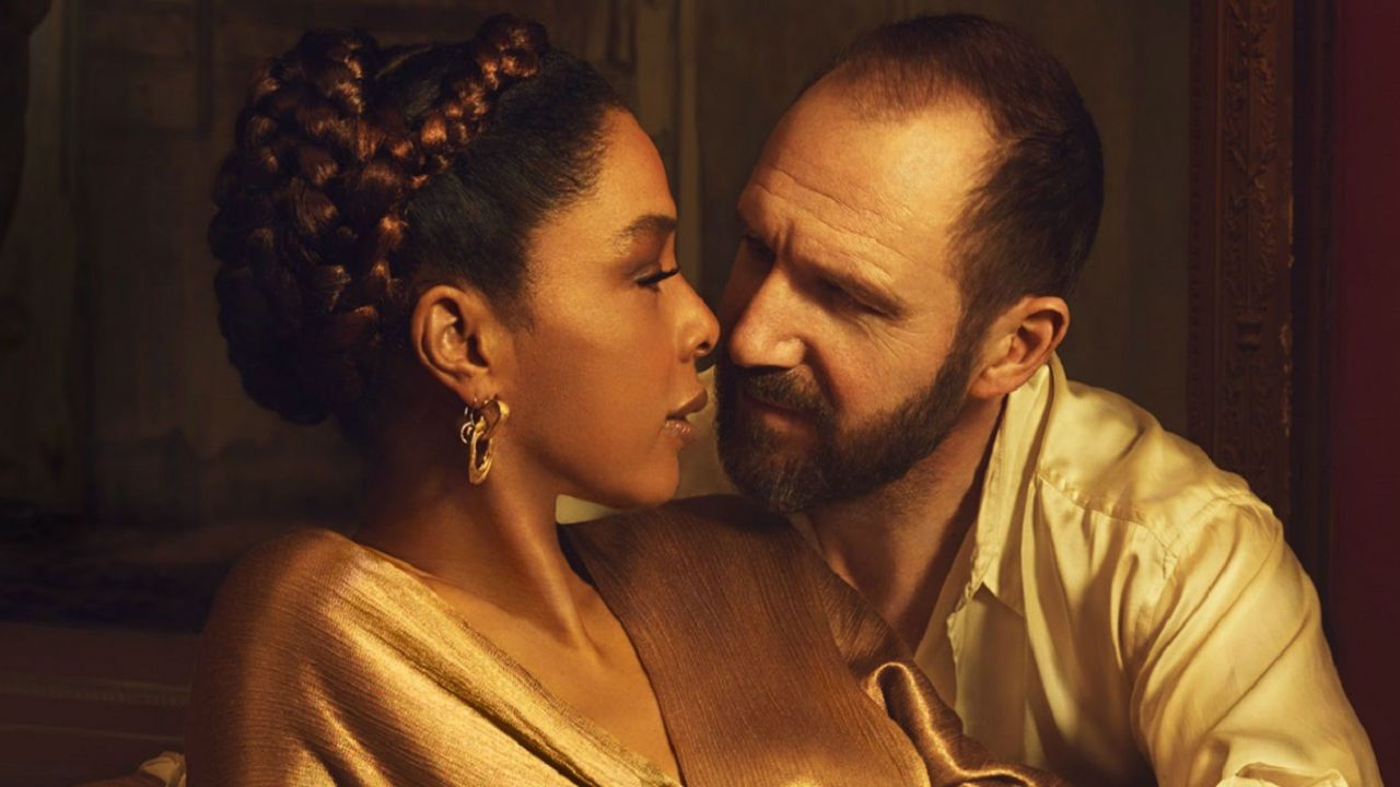 Ralph Fiennes and Sophie Okonedo in NT Live's Antony & Cleopatra